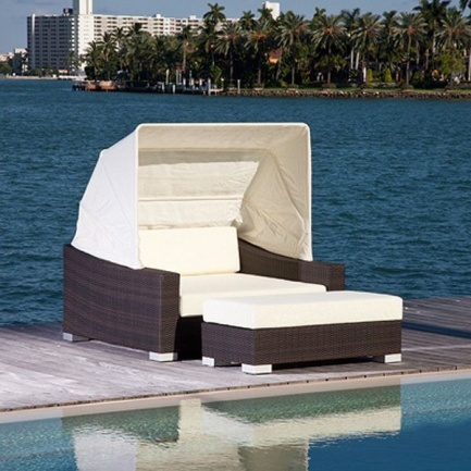 Create your Personal Space with an Outdoor Daybed4