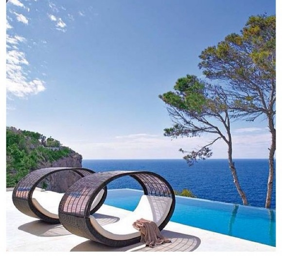 Infinite Possibilities for Leisure with Infinity Pools15