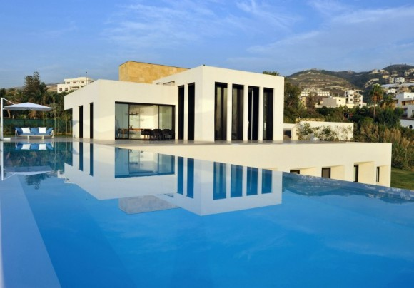 Infinite Possibilities for Leisure with Infinity Pools20