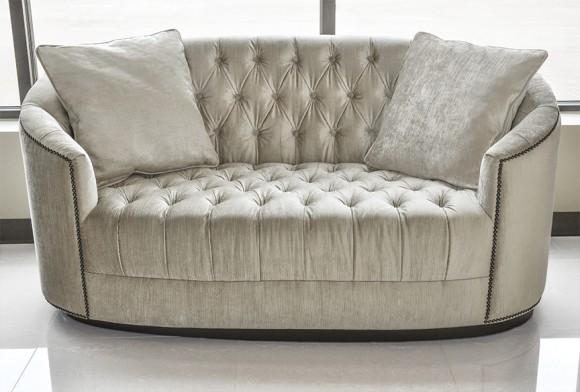 7 Chic Tufted Sofa Designs to Accentuate Home Interiors9
