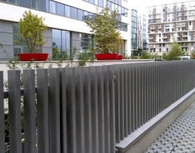 7 Modern Fence Designs for your Modern Home1