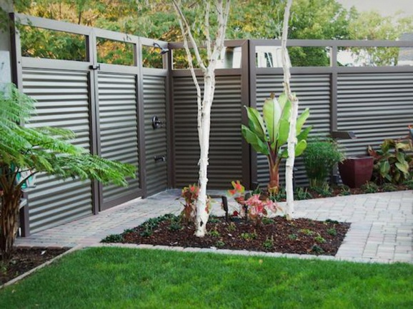 Contemporary Backyard Fences : Modern Fence Designs for your Modern Home  Irooniecom