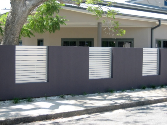 7 modern fence designs for your modern home - Modern house fence design ...