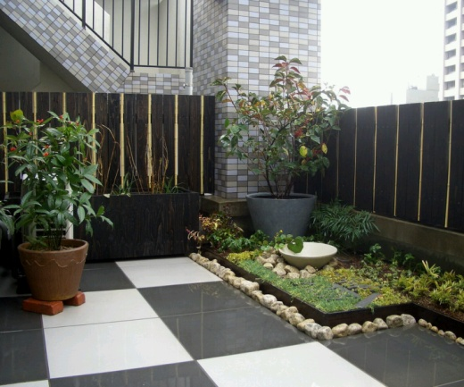 7 Modern Fence Designs for your Modern Home5