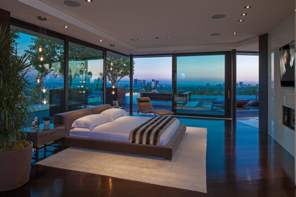 Invite the Mystical Ambience of Glass Walls in your Bedroom9