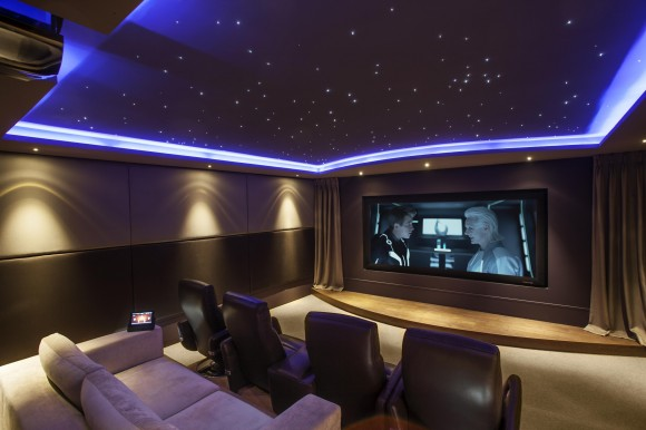 Discover Impeccable Luxury with Modern Home Theater Ideas12