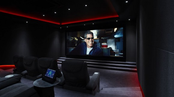 Discover Impeccable Luxury with Modern Home Theater Ideas19