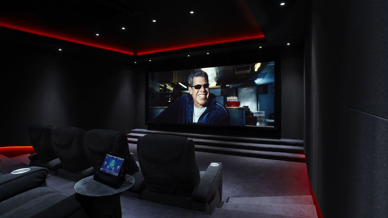 Discover Impeccable Luxury With Modern Home Theater