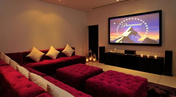 Discover Impeccable Luxury with Modern Home Theater Ideas8