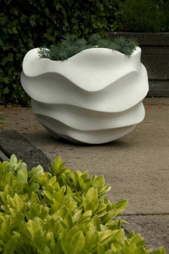 Freshen up your Home and Garden with Modern Planters20