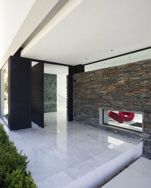 Carrara-House2