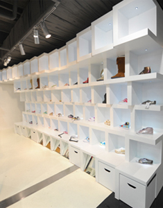 Source-Flagship-Store6-1